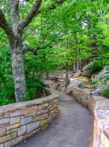 Climb to Pinnacel Overlook